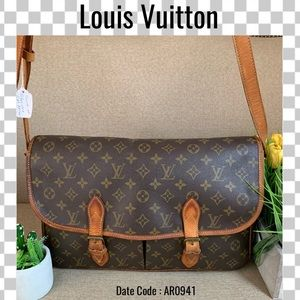Louis Vuitton Crossbody bag gibeciere GM monogram